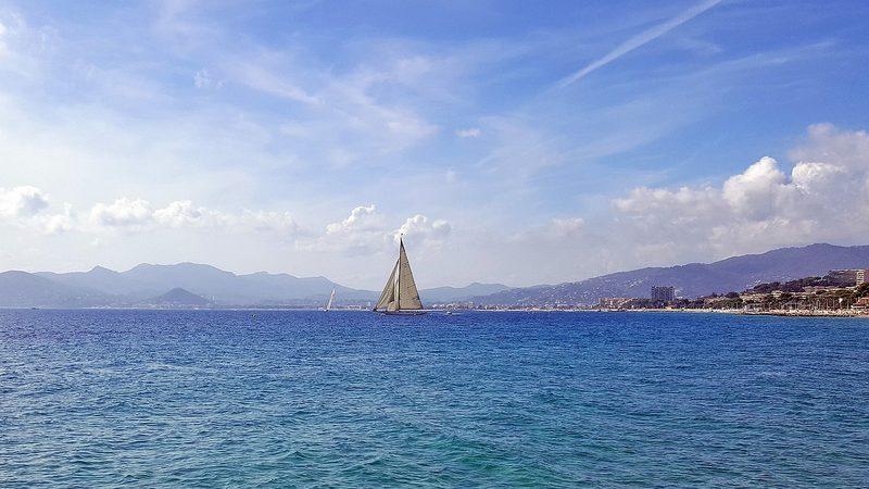 yachting vo francii 1